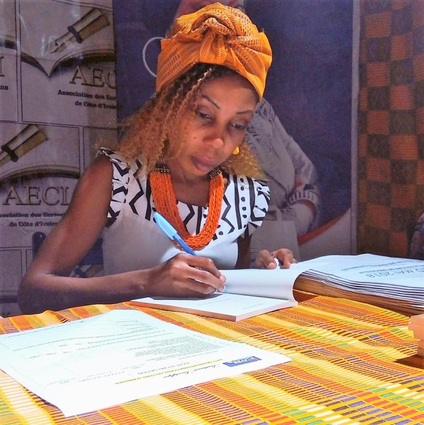 Entretien avec Holy Dolores, jeune poétesseIvoirienne