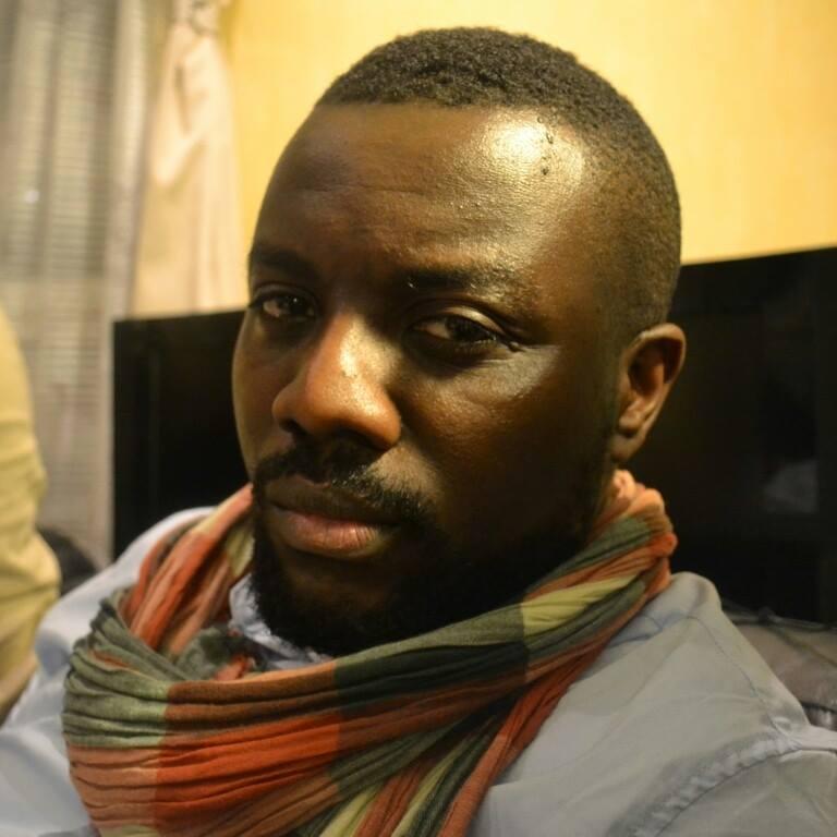 Entretien avec Momi M'buze, l'écrivain Congolais qui réveille lesconsciences
